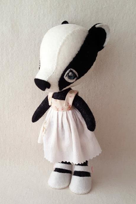 Li'l Luvs Bashful Badger pdf Pattern